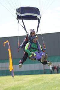Raj skydiving
