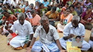 Victims and families of the disappeared demanding an international mechanism