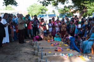 Mullivaikal Remembrance 18 May 2015. Mourning widows by makeshift gravestones.
